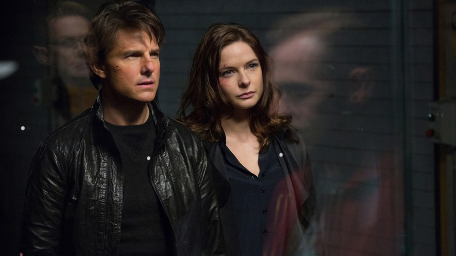 Mission Impossible Rogue Nation Tom Cruise and Rebecca Ferguson