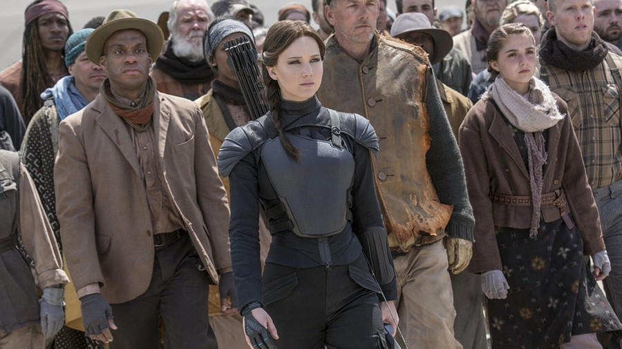 Katniss leads to districts in Mockingjay Part 2